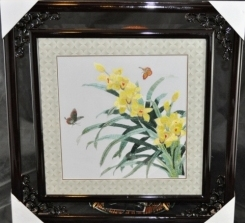 Framed Daffodils Embroidery